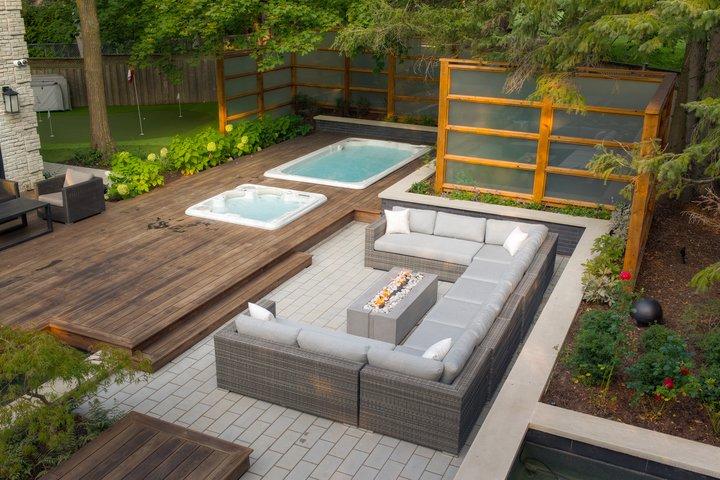 aranżacja ogrodu z basenem